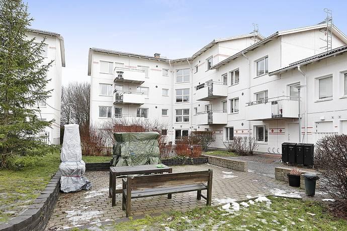 Bild: 3 rum bostadsrätt på Celsings Väg 9, Sollentuna kommun Rotsunda