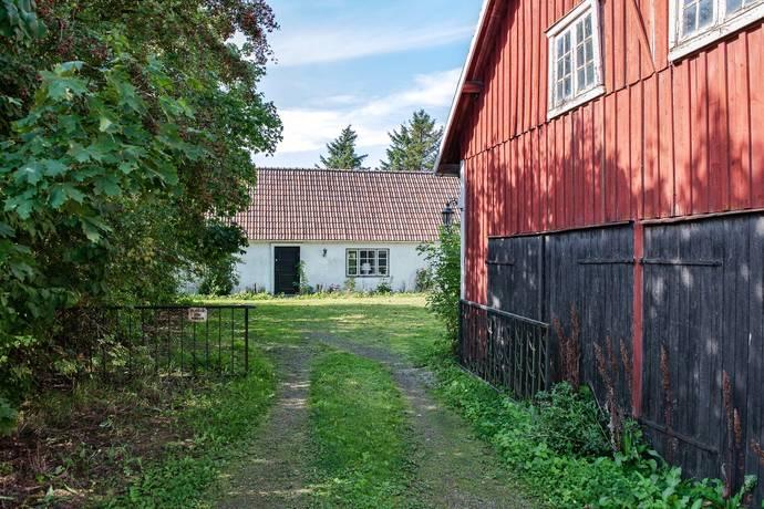 Bild: 6 rum gård/skog på Bosarps Ängaväg 134, Ängelholms kommun Nära Strövelstorp