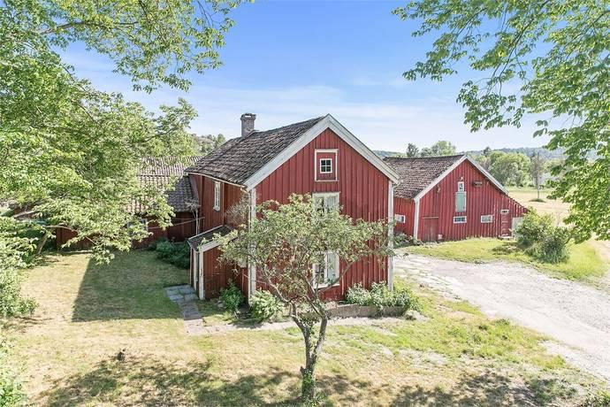 Bild: 8 rum villa på Håberg 102, Stenungsunds kommun Jörlanda