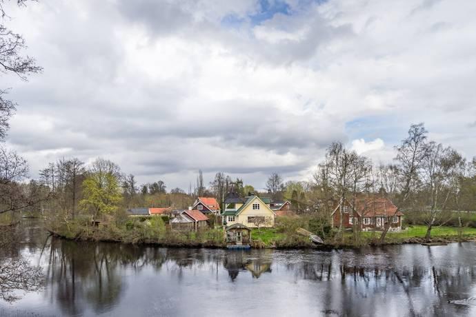 Bild: 6 rum villa på Forsgatan 3, Östra Göinge kommun Broby