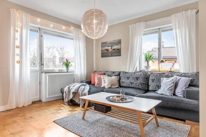 Bild: 3 rum bostadsrätt på Riksbyvägen 12, Stockholms kommun Bromma - Riksby