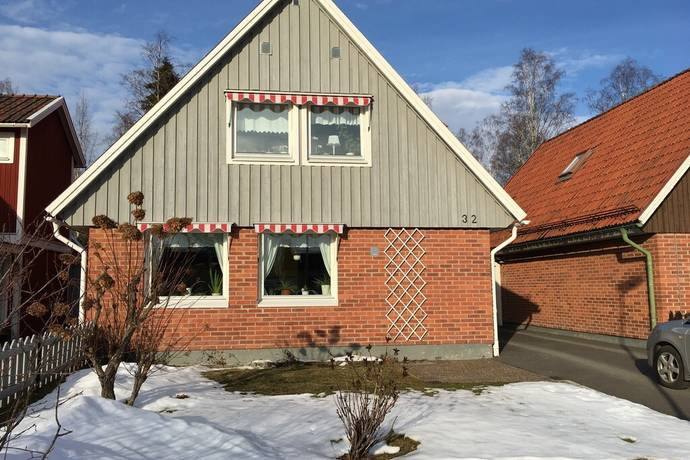 Bild: 5 rum radhus på Lövängsvägen 32, Sandvikens kommun Sandviken