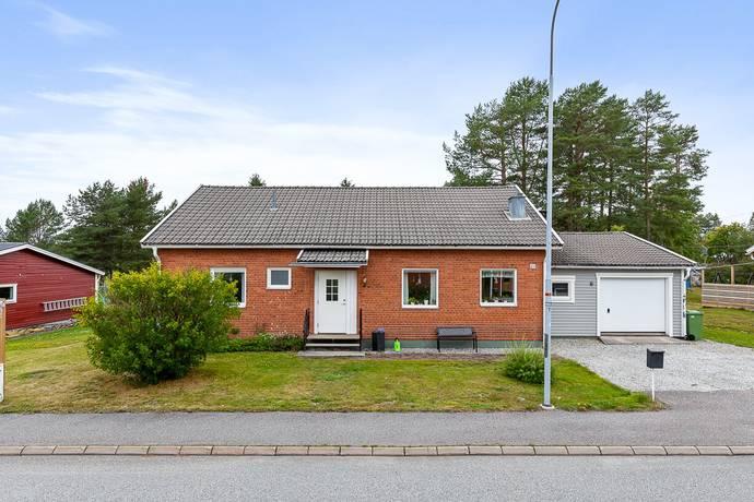 Bild: 4 rum villa på Valhallavägen 23, Umeå kommun Hörnefors
