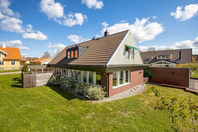 Bild: 8 rum villa på Von Liewens Väg 19, Vetlanda kommun