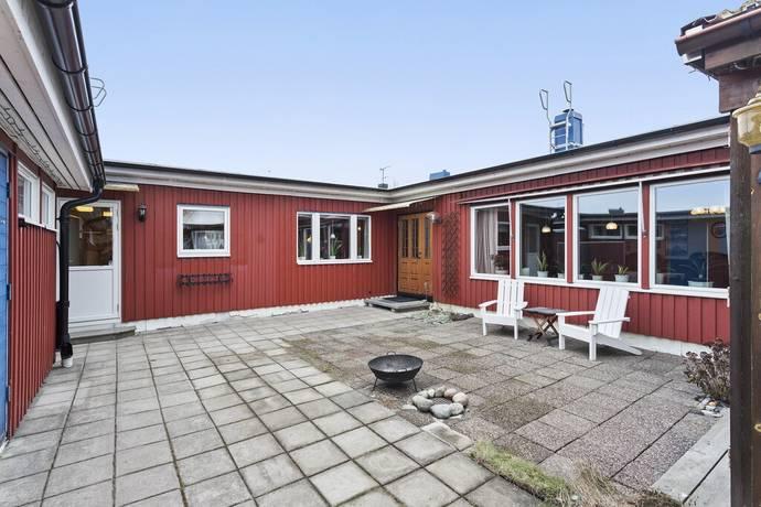 Bild: 5 rum villa på Apelvägen 15, Ekerö kommun Stenhamra