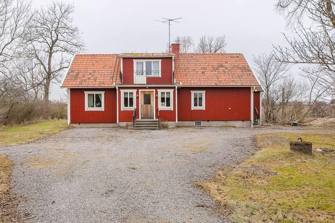 Bild: 6 rum gård/skog på Saleby Stora Slöta 1, Lidköpings kommun Saleby