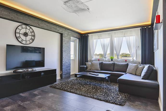 Bild: 3,5 rum bostadsrätt på Holmvägen 1, Upplands Väsby kommun Apoteksskogen