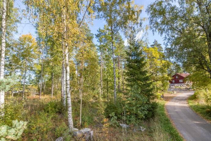 Bild: tomt på Ribbingelund, Eskilstuna kommun Ärla