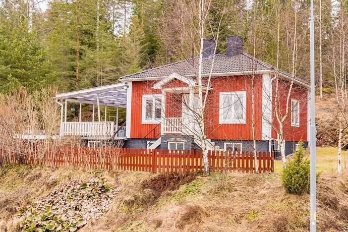 Bild: 3 rum villa på Ålbergavägen 44, Nyköpings kommun Ålberga