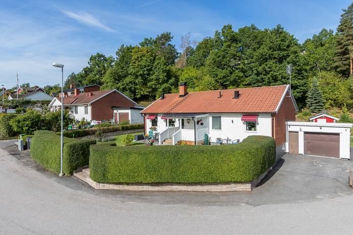 Bild: 4 rum villa på Brunörtsvägen 11, Västerviks kommun Gamleby