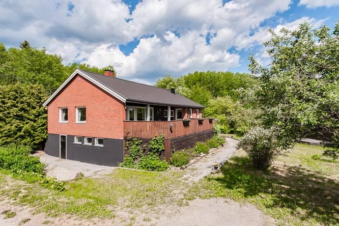 Bild: 7 rum villa på Finstavägen 201, Norrtälje kommun Rimbo