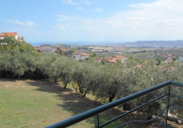 Bild: 7 rum villa på Citta Sant'Angelo, Italien Abruzzo