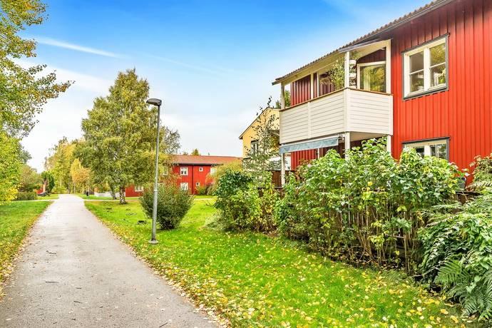 Bild: 3 rum bostadsrätt på Planetvägen 111, Norrtälje kommun Norrtälje Stad - Solbacka