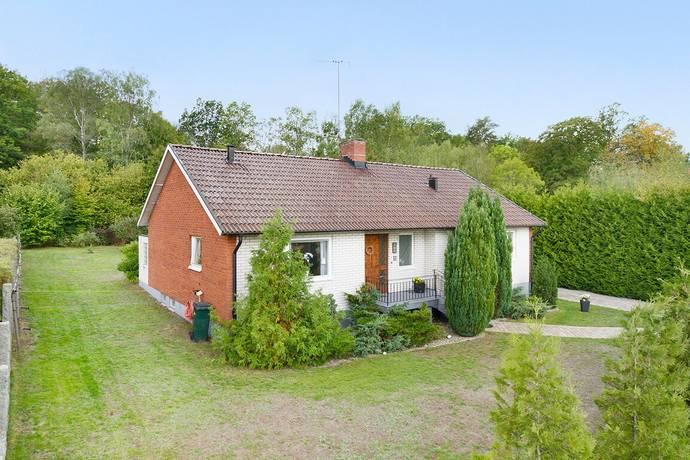 Bild: 4 rum villa på Brunnsvägen 15, Karlshamns kommun Svängsta