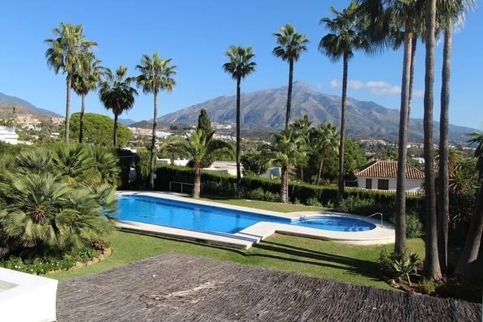 Bild: 4 rum bostadsrätt på Nueva Andalucia Costa del Sol, Spanien Los Naranjos