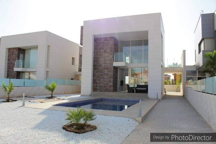 Bild: 4 rum villa på Villa i La Zenia, Alicante, Spanien La Zenia
