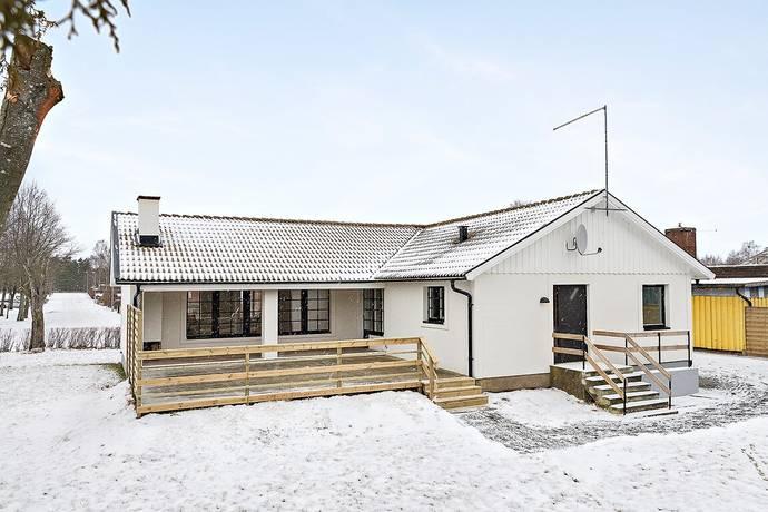 Bild: 4 rum villa på Idrottsgatan 6, Laholms kommun Våxtorp
