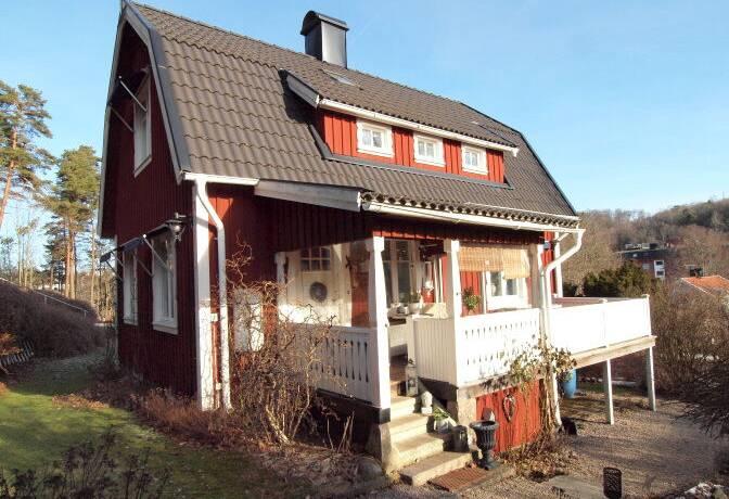 Bild: 3 rum villa på Stenåsgatan 8, Borås kommun BERGSÄTER