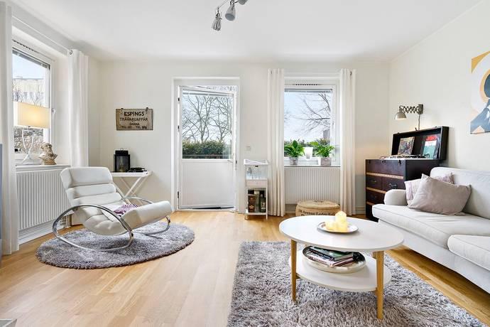 Bild: 2 rum bostadsrätt på Adolfsbergsvägen 14A, Stockholms kommun Mariehäll
