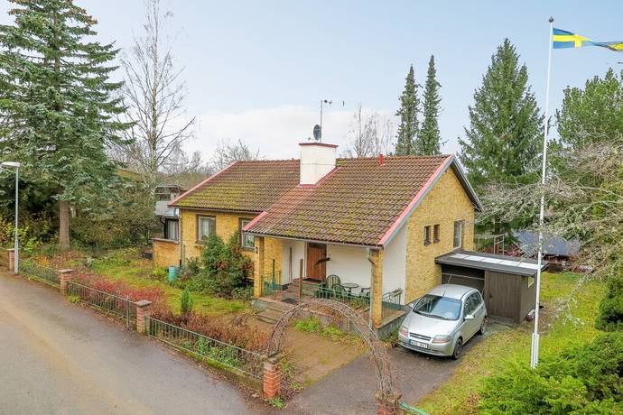 Bild: 5 rum villa på Stenkullavägen 6, Hultsfreds kommun Vena
