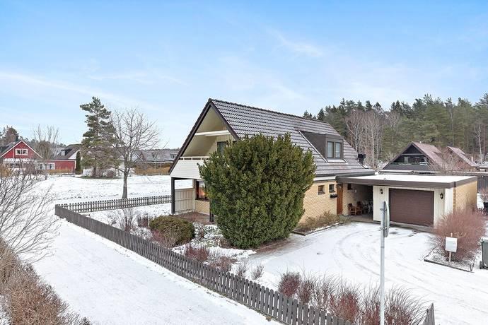 Bild: 5 rum villa på Gulsporregatan 22, Karlstads kommun Hagalund