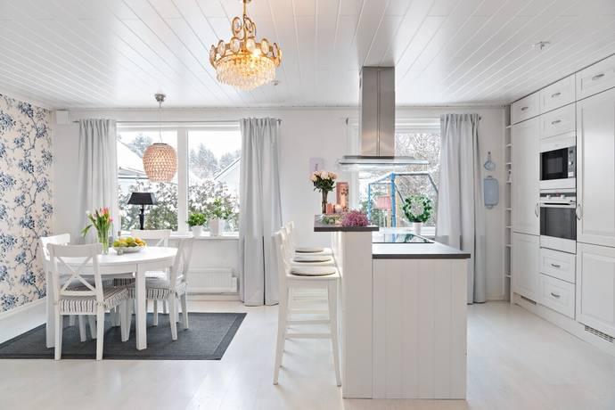 Bild: 5 rum villa på Mossgatan 5, Sigtuna kommun Sigtuna - Hällsbo