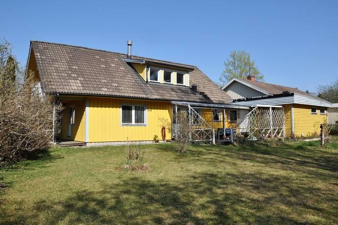 Bild: 6 rum villa på Svanboms väg 7, Tierps kommun
