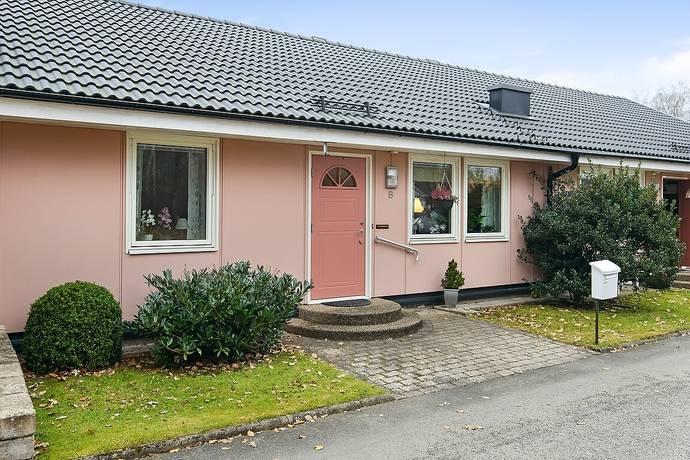 Bild: 3 rum radhus på Göran Håkans Väg 40B, Osby kommun Osby