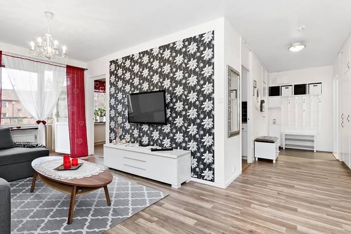 Bild: 3 rum bostadsrätt på Granitvägen 18a, Tyresö kommun Centrala Tyresö