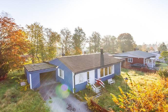Bild: 4 rum villa på Granliden 28, Hultsfreds kommun Virserum