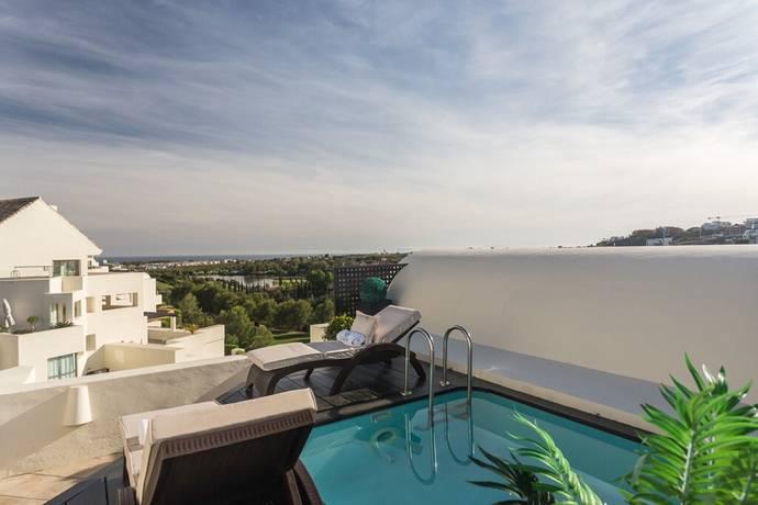 Bild: 4 rum bostadsrätt på Fantastisk penthouse med privat pool. Beläget i Los Flamingos!, Spanien Estepona - New Golden Mile