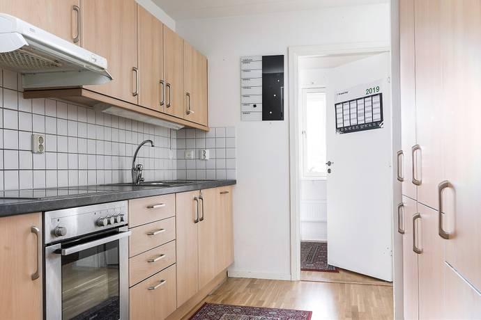 Bild: 2 rum bostadsrätt på Thomsons Väg 52, Malmö kommun Rosengård