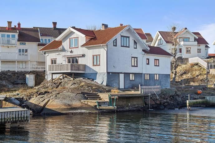 Bild: 6 rum villa på Strandgatan 23, Tjörns kommun KLÄDESHOLMEN