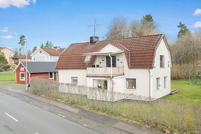 Bild: 7 rum villa på Kyrkogatan 3, Nässjö kommun Malmbäck