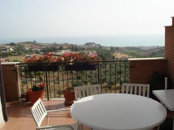 Bild: 3 rum bostadsrätt på Tortoreto, Teramo, Italien Abruzzo