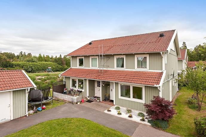 Bild: 5 rum bostadsrätt på Gitarrvägen 44 A, Alvesta kommun Alvesta - Väster