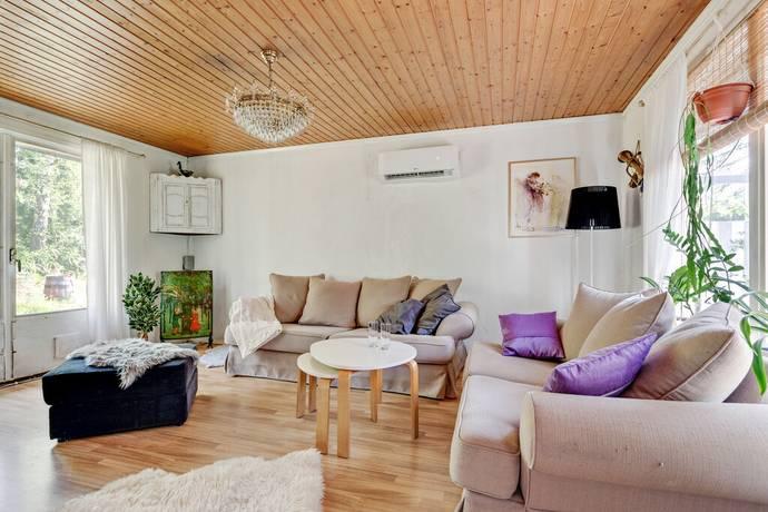 Bild: 3 rum villa på Vitsippestigen 24, Nynäshamns kommun ÖSMO