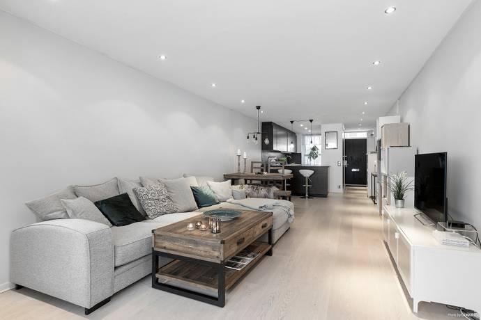 Bild: 2 rum bostadsrätt på Lomvägen 48, Sollentuna kommun Kärrdal