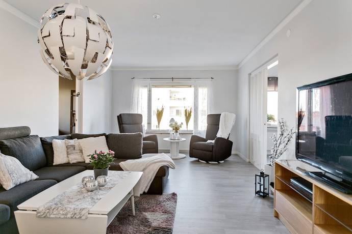 Bild: 5 rum bostadsrätt på Idrottsgatan 10, Uppsala kommun Svartbäcken