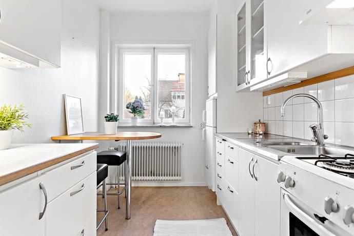 Bild: 1 rum bostadsrätt på Tistelvägen 1A, Stockholms kommun Enskededalen