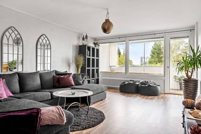 Bild: 3 rum bostadsrätt på Meteorvägen 48, Täby kommun Grindtorp