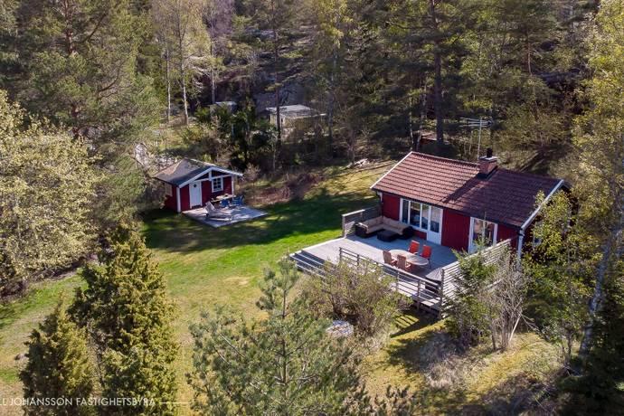 Bild: 2 rum fritidshus på Sundsvägen 2, Haninge kommun Sund