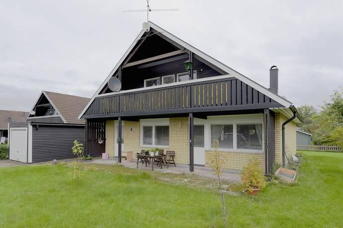 Bild: 8 rum villa på Smedjegatan 4, Kristinehamns kommun Björneborg