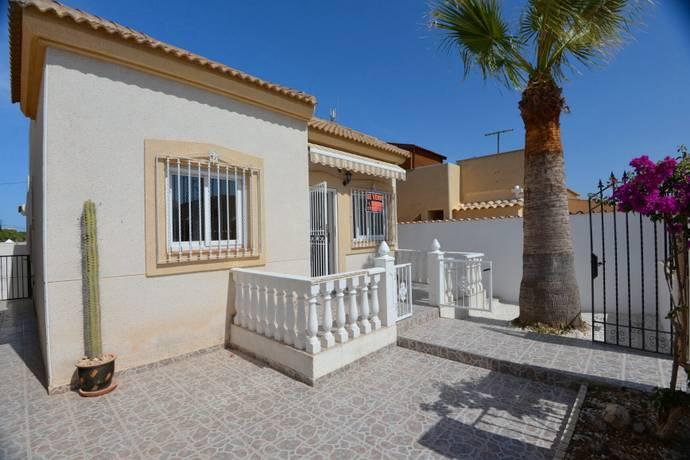 Bild: 3 rum villa på Prisvärd villa nära havet, Torrevieja, Spanien Torrevieja / Costa Blanca