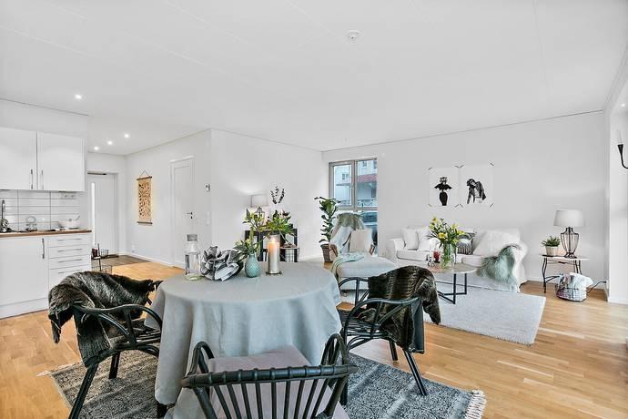 Bild: 2 rum bostadsrätt på Trädgårdsgatan 2 A, Tanums kommun Fjällbacka