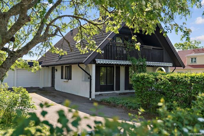 Bild: 3 rum villa på Kullavägen 22, Halmstads kommun Söndrum