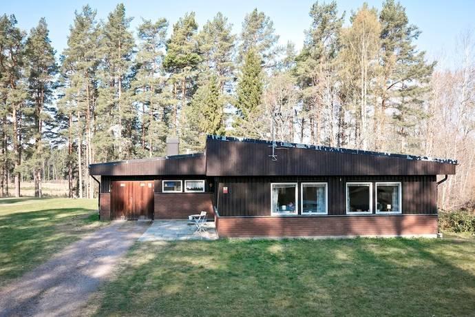 Bild: 4 rum villa på Parkvägen 6, Askersunds kommun Åsbro