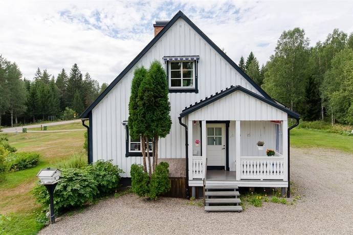 Bild: 4 rum villa på Letafors 38, Torsby kommun Sysslebäck