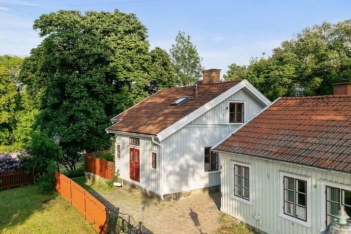 Bild: 6 rum villa på Jörgens Gränd 8, Uddevalla kommun Centrum