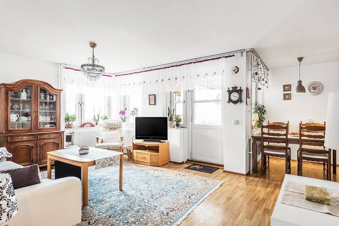 Bild: 3 rum bostadsrätt på Trefaldighetsvägen 12A, 2tr, Täby kommun Gribbylund